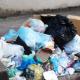 Apenas com quatro garis, São João do Rio do Peixe sofre com lixo nas ruas